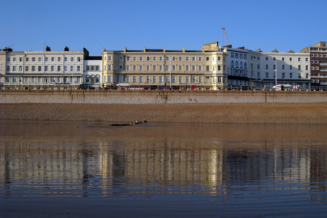 Seafront on Carlisle Parade