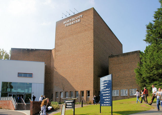 northcott theatre  exeter  u00a9 pierre terre    geograph