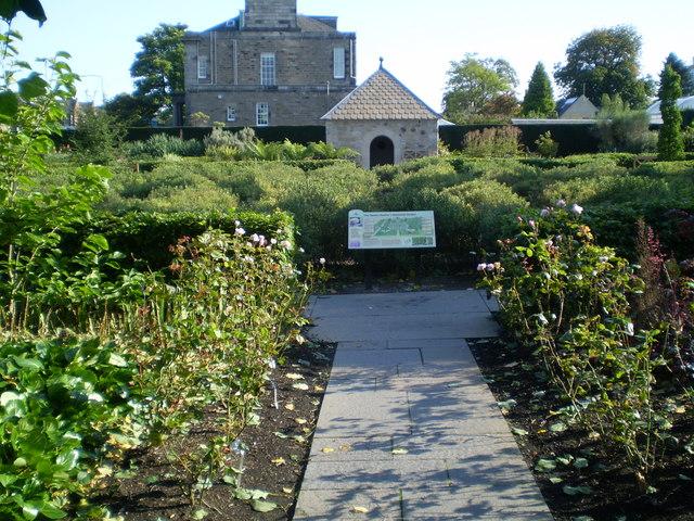 Memorial to the Queen Mother