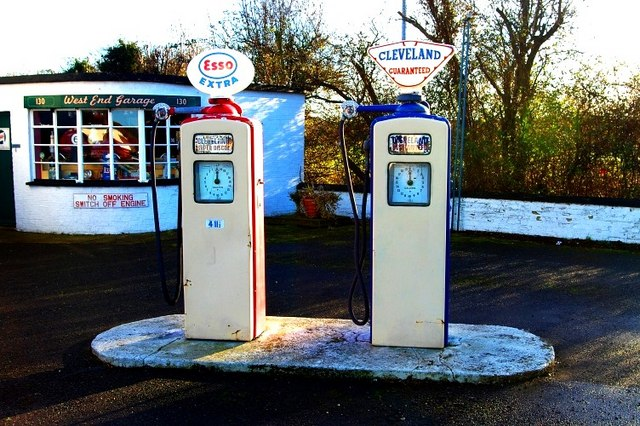 Esso and cleveland pumps tiger cc by sa 2 0 geograph britain and ireland - Esso garage opening times ...