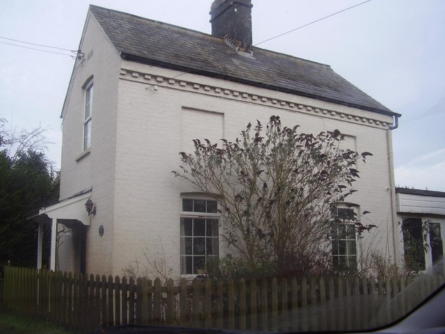 Old crossing keepers house-east of Ellingham