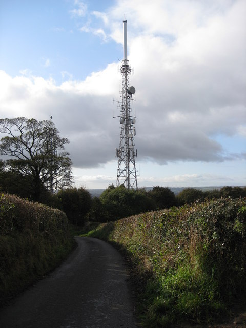 Hundall - Windmill Lane and TV Masts