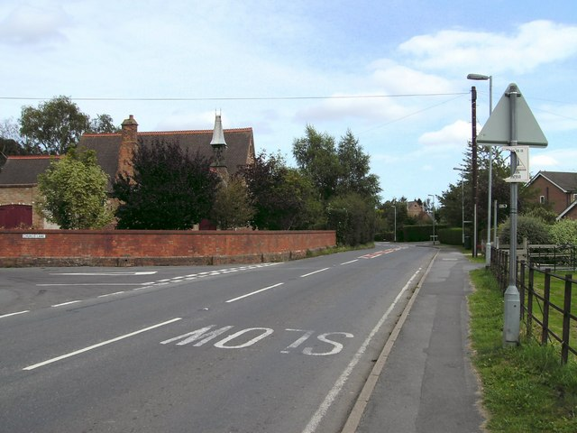 Station Road (A157)