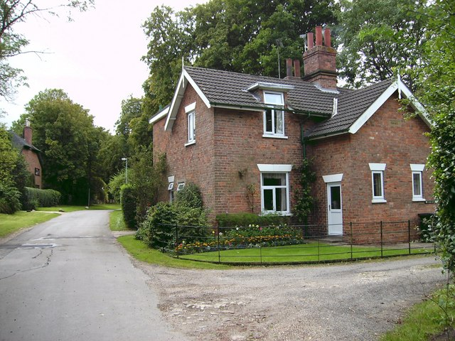 Handsome property, Mill Lane