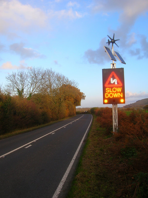Wind And Solar Powered Road Sign 169 Simon Carey