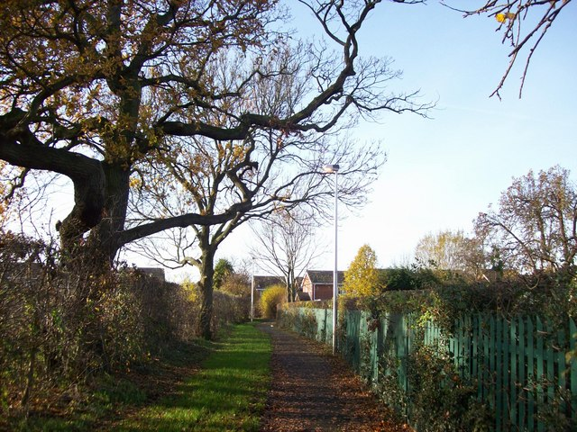 Footpath near Mablins Lane