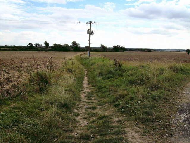 Footpath to Vale House Farm
