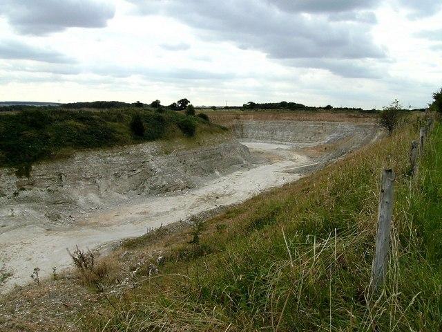 Very deep quarry