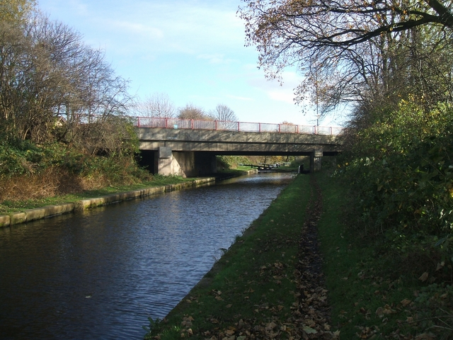 Tame Valley Canal - Aldridge Road Bridge