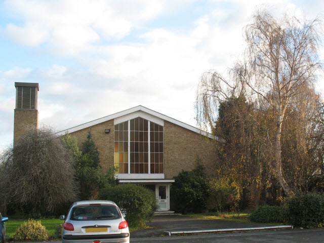Emmanuel church, Morden - West end