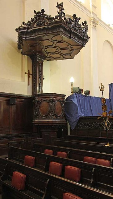 St Clement's Church, Clement's Lane, London EC4 - Pulpit
