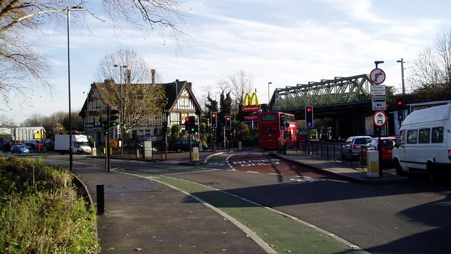 McDonald's, Iron Bridge, Southall