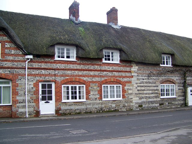 Brick and flint, Piddletrenthide