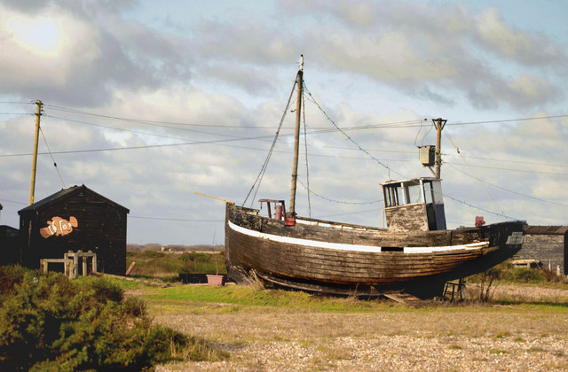 Old fishing boat at dungeness john mavin cc by sa 2 0 for Old fishing boat