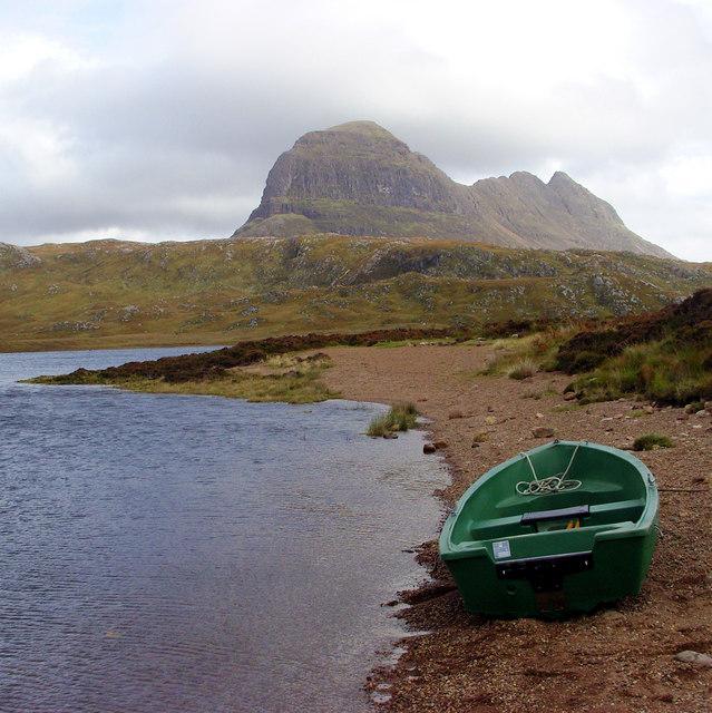 Fishing boat on Fionn Loch