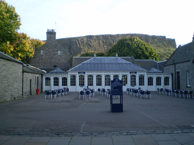 Courtyard cafe - Holyrood Palace