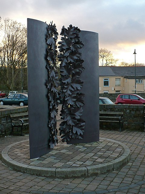 Memorial to Idris Davies