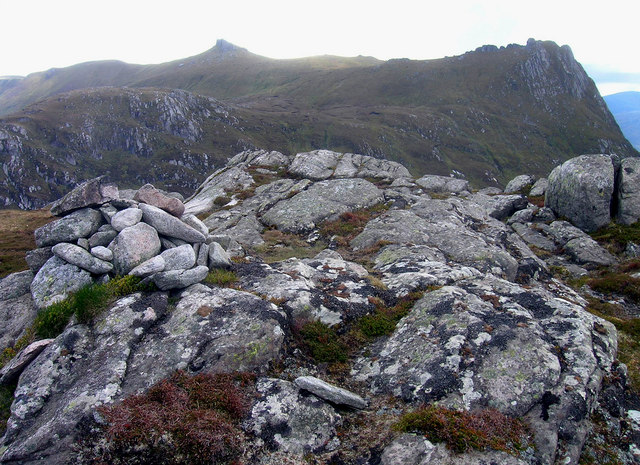 Ben Hiel's summit - Looking WSW to Ben Loyal