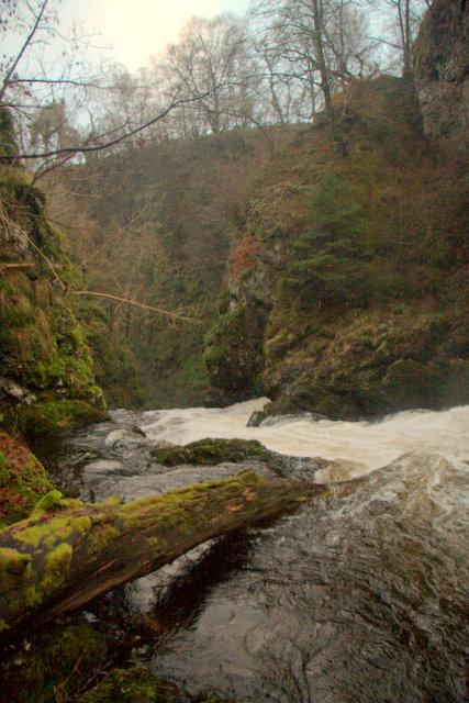 Slug of Auchrannie waterfall