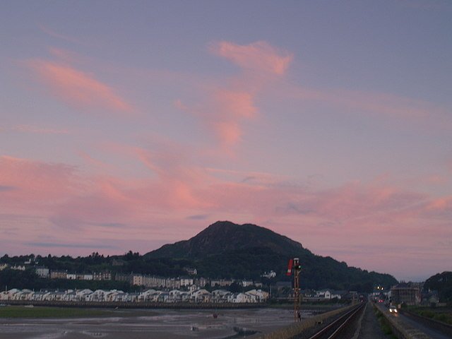 Dawn over Moel-y-gest