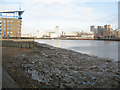 TQ3679 : Thames mudflats, Limehouse Reach by Stephen Craven