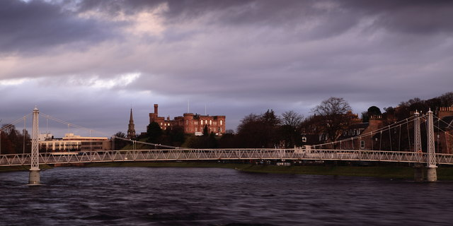 Infirmary Bridge, River Ness and castle.