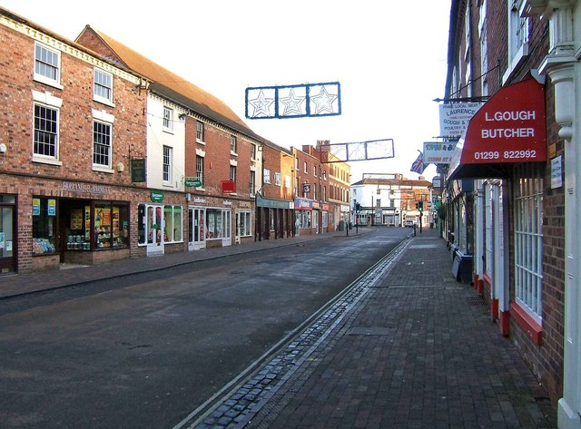 High Street looking towards Mitton Street