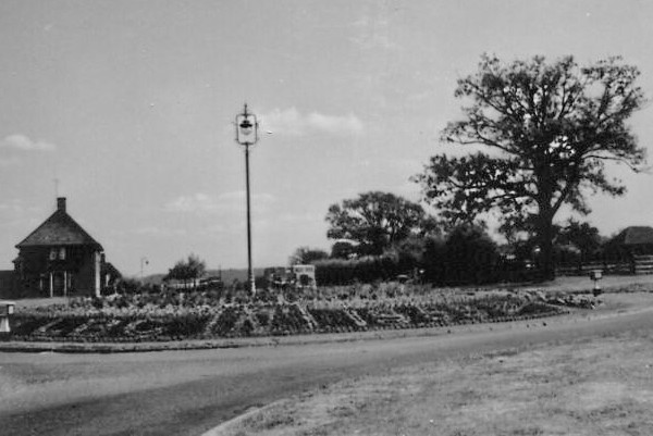 Stewartby Roundabout from Village Side