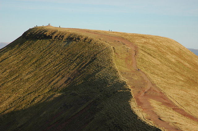 The Summit Of Pen Y Fan 169 Philip Halling Cc By Sa 2 0