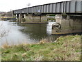 SK4730 : Railway bridge over the Trent by Andy Jamieson