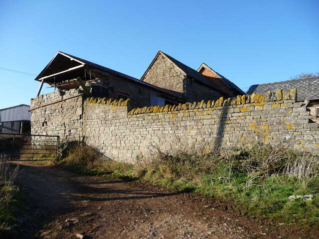 Ruined farm buildings, Dumbleton Farm