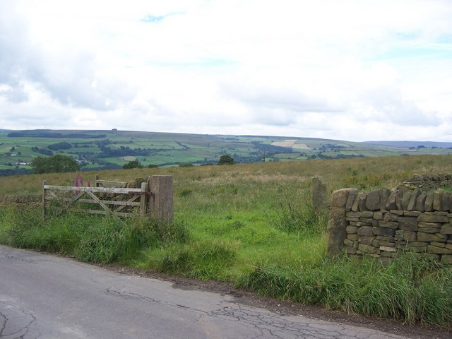Gateway to the Peak District National Park, Holdworth Lane, Near Oughtibridge