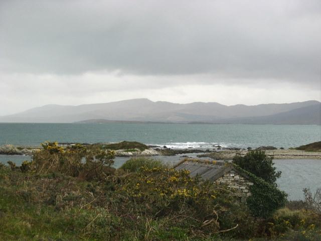 Hut and Islets at Loughaunacreen