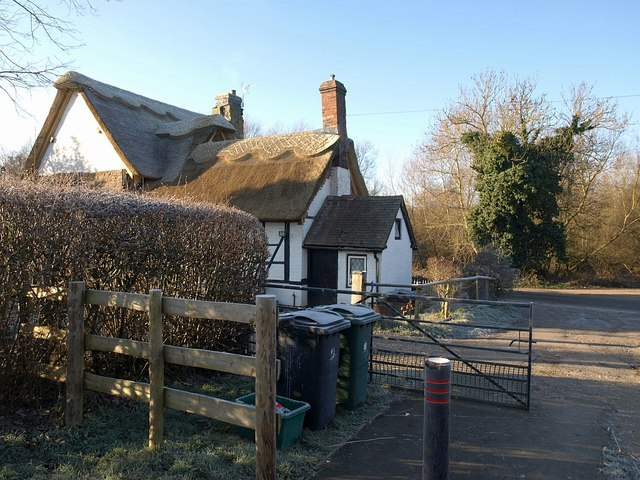Thatched cottage, Bromfield