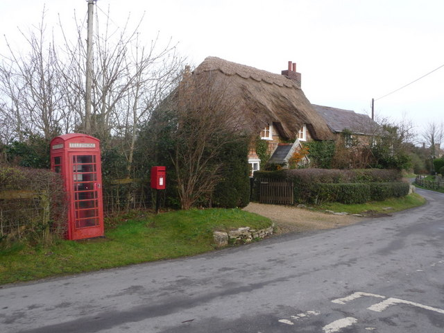 East Creech: postbox № BH20 190 and phone box
