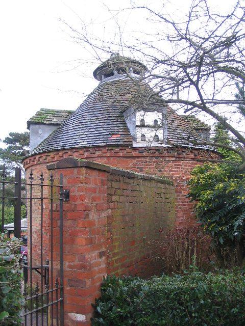 Dovecote, Allesley Hall