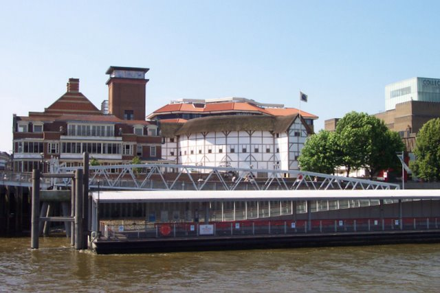 Globe Theatre and Bankside Pier