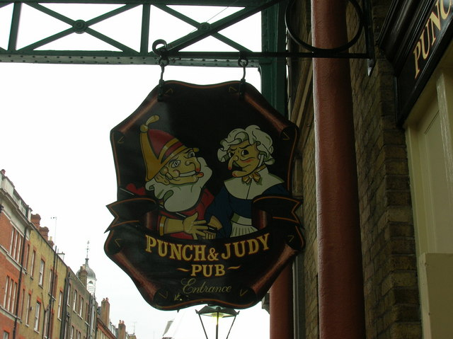 London, Covent Garden: Punch & Judy Pub sign