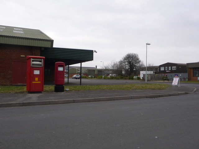 Blandford Forum: postbox №s DT11 4 and DT11 516, Sunrise Business Park