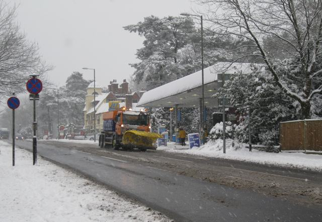 Gritter on the A3