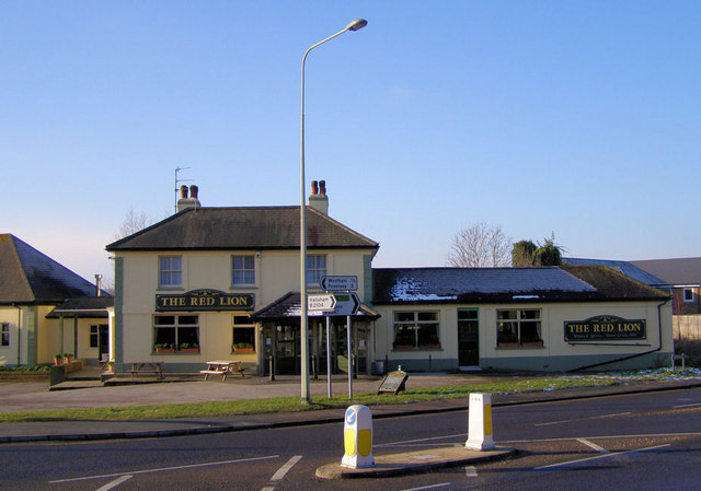 Red Lion, Stone Cross