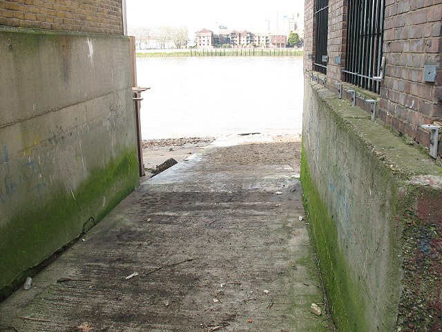 Rowers' slipway into the Thames