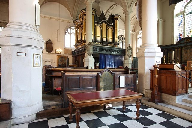 St Sepulchre without Newgate, Holborn Viaduct, London EC1 - Organ