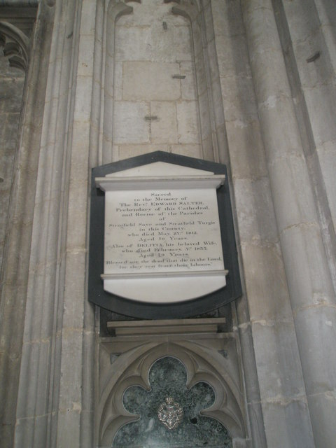 Memorial to a country parson on the north wall at Winchester Cathedral