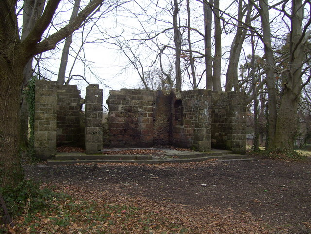 Remains of Stoneham War Shrine in Avenue Park, North Stoneham
