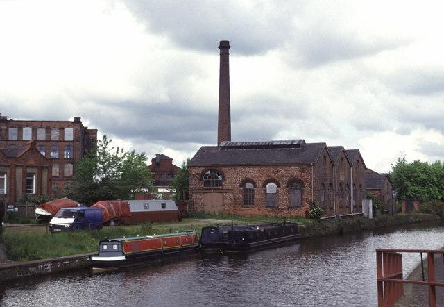 Leeds & Liverpool Canal, Wigan