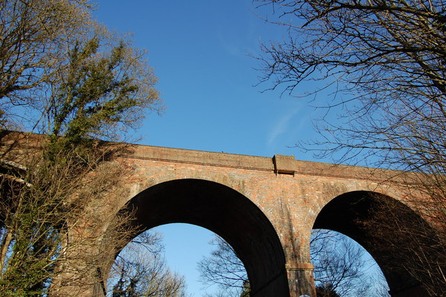 Railway viaduct between Upper Warlingham and Woldingham stations