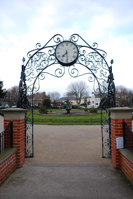 Prittlewell Square