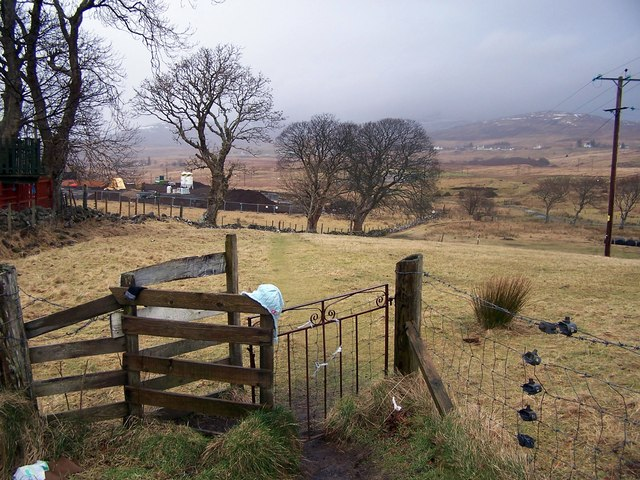 Path from Storr Road