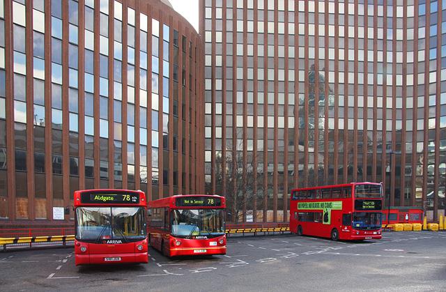 Aldgate Bus Station